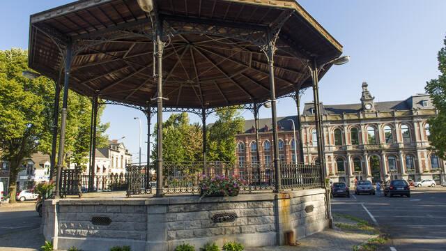 The Place de Boussu, an outdoor museum (Boussu)