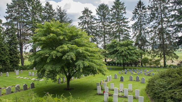 11. Saint-Symphorien Military Cemetery