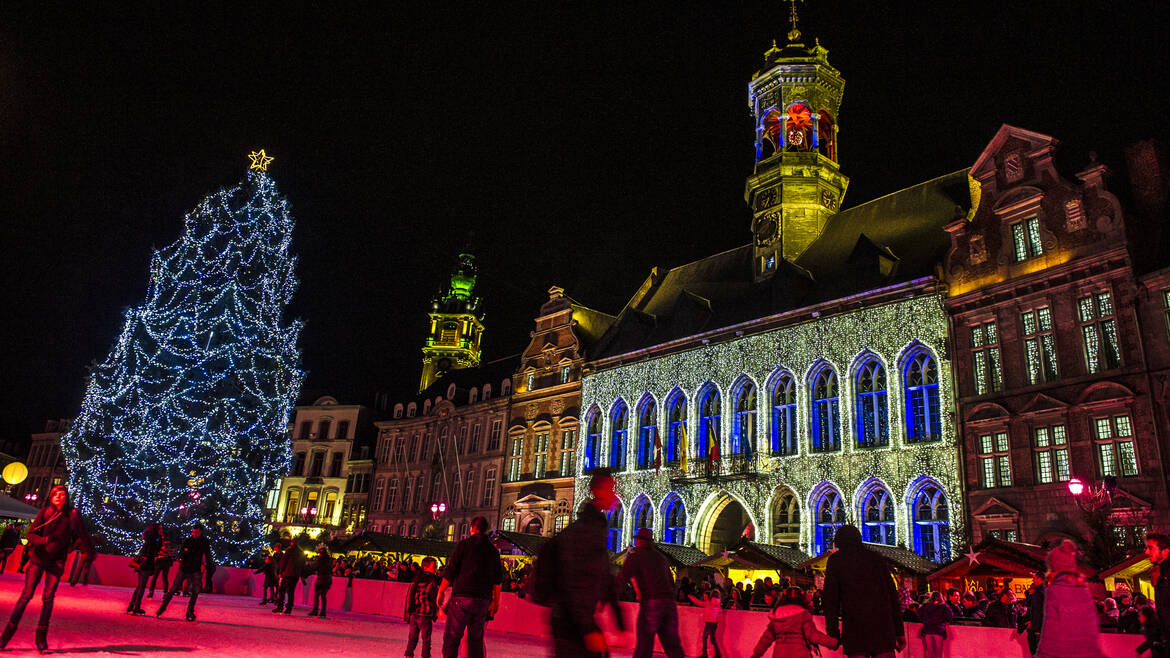 Mons, Heart in the Snow