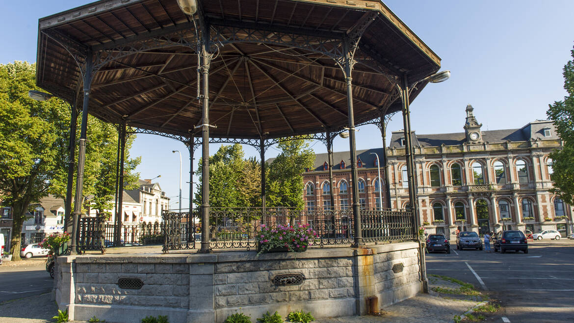 The Place de Boussu, an outdoor museum (Boussu)