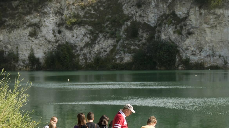 """A """"Blue Lagoon"""" in Dour"""