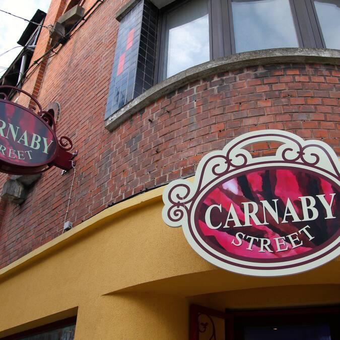 Du vintage et des vêtements du siècle dernier chez Carnaby ! Copyright S.Hennebique